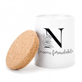 """Scented candle: """"Nounou formidable"""""""