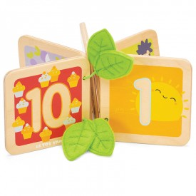 Wooden book to learn how to count by Le toy van