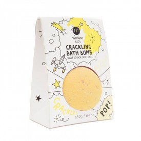 Crackling bath bomb for a yellow bath by Nailmatic Kids