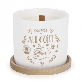 "Scented candle in vegetal wax with wood wick ""Ensemble au coin du feu"""