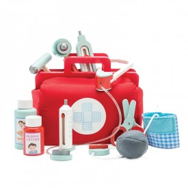 Doctor's Set NEW by Le toy van