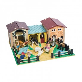 The Farmyard by Le toy van